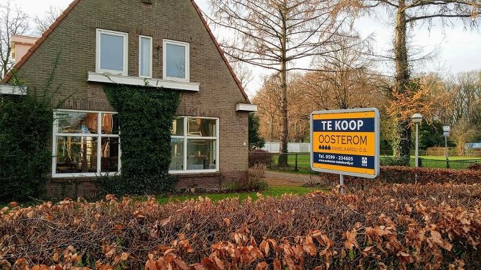 Grote vraag naar huizen houdt aan, prijzen stijgen naar recordhoogte