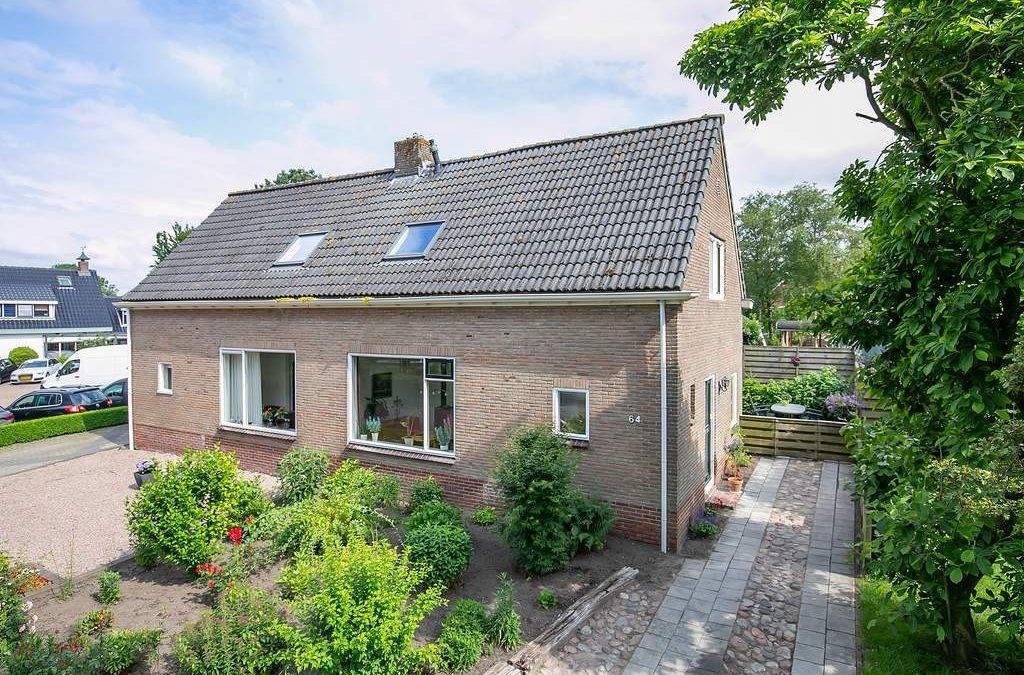 BUINEN, Hoofdstraat 64